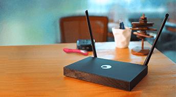 花生棒2代,内嵌花生壳、可穿透内网的智能网络设备。